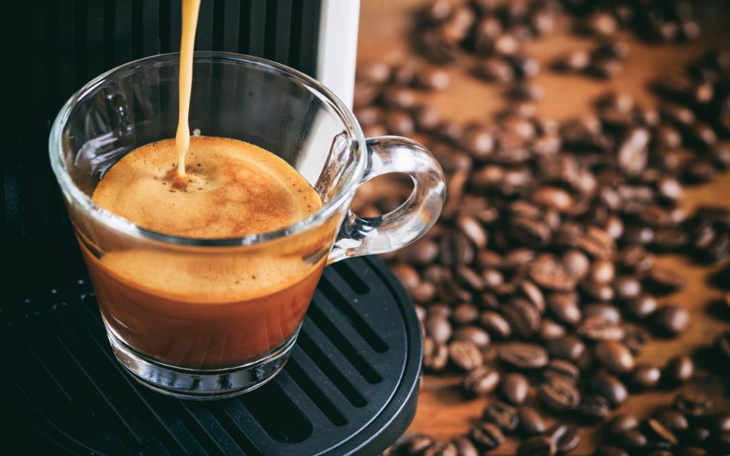 Coffee Tower, Station & Bar & Blog